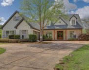 712 Chickasaw Dr, Flowood image