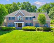 536 Old Post Road, Wyckoff image