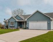 9530 S Wintergreen Ct, Oak Creek image