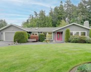 11027 Tryon  Pl, North Saanich image