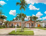 8920 Nw 166th Ter, Miami Lakes image