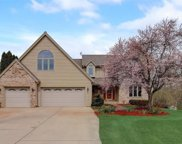 5655 Golden Rain Ct, New Berlin image