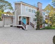 8 Bianco  Rd, East Hampton image