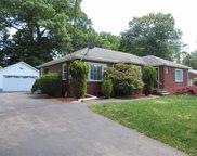 8 Round Lake  Avenue, Monroe image