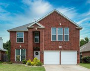 7775 Park Downs Drive, Fort Worth image