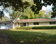 W124S6516 Hawthorne Rd, Muskego image