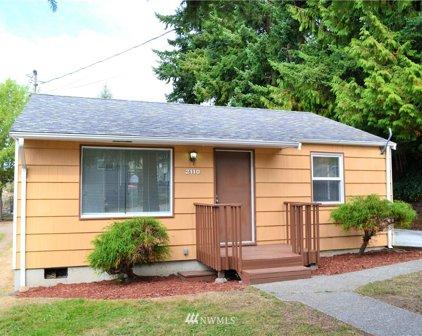 2110 SW 104th Street, Seattle