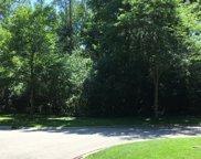 470 Yorktowne Lane, Lake Forest image