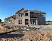 1055 Colina Parkway, Farmersville image