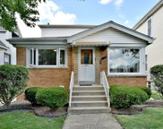 5930 West Giddings Street, Chicago image