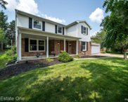 613 MIDDLEBURY, Rochester Hills image