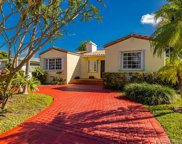 8827 Hawthorne Ave, Surfside image