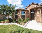 7900 Mosspark Lane, Fort Worth image