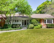 518 Forest Hill Road, Lake Forest image