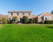 2-4 Dunlop Ct, Commack image
