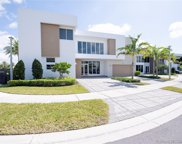 7455 Nw 102nd Ct, Doral image