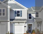 18010 Pear Hawthorne  Drive Unit #157 Adriana, Huntersville image