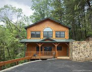 814 Great Smoky Way, Gatlinburg image