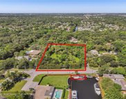 2211 SW 27th Ter, Fort Lauderdale image