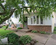41735 FONTHILL, Clinton Twp image