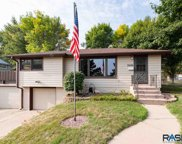 2009 W 16th St, Sioux Falls image