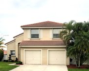 555 Nw 165th Ave, Pembroke Pines image