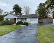 28 Nostrand  Ave, Brentwood image
