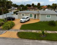 8291 Nw 171st St, Hialeah image
