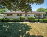 N64W24121 Ivy Ave, Sussex image