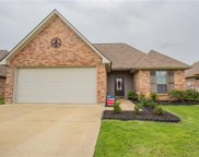 397 Crossover Drive, Pineville image