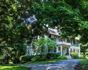 18 Hawthorne Rd, Wellesley image