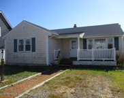 21 Point Road, Toms River image