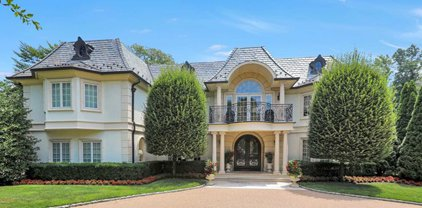 186 Hoover Drive, Cresskill