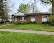 22532 Hillcrest, Woodhaven image