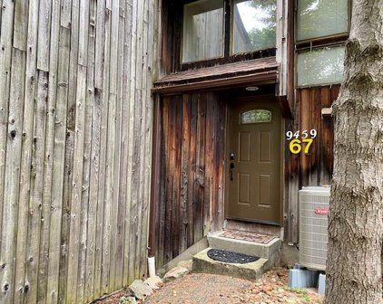 9459 S Pointe Lasalles Drive Unit 67, Bloomington