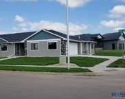 700 W 81st St, Sioux Falls image