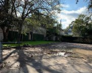 23 West Broad Oaks Drive, Houston image