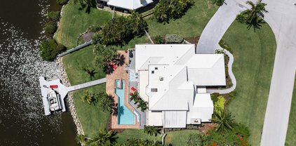 100 Lanternback Island Drive, Satellite Beach