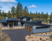 61293 Bonneville  Loop, Bend image
