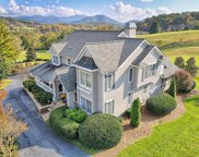 1372 Mountain Harbour Dr, Hayesville image