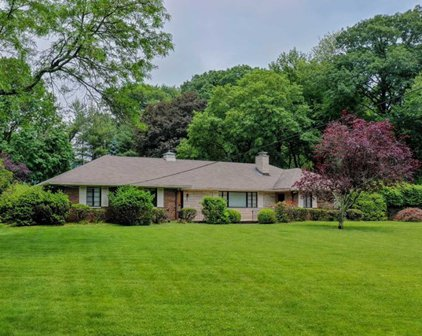 59 Hickory Lane, Closter