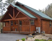 2613 Tree Top Way, Pigeon Forge image