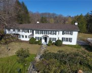 431 Greenley  Road, New Canaan image