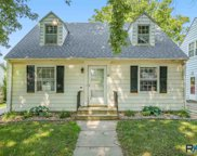 321 N Grange Ave, Sioux Falls image