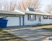 5709 W 46th St, Sioux Falls image