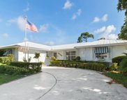 9671 SE Little Club Way N, Tequesta image