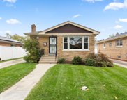 8117 N Odell Avenue, Niles image