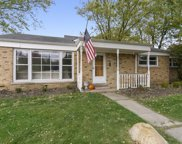 2402 Illinois Road, Northbrook image