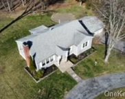 30 Greentree S Drive, Hyde Park image