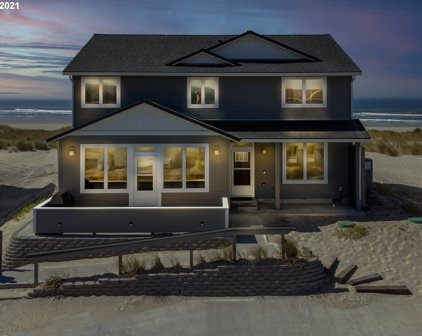 210 NW OCEANIA  DR, Waldport